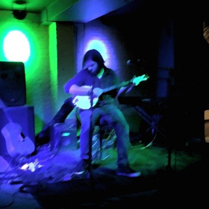 Andy McLeod - Ghosts in Virginia